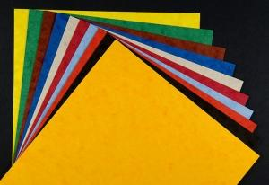 Coloured board recycled